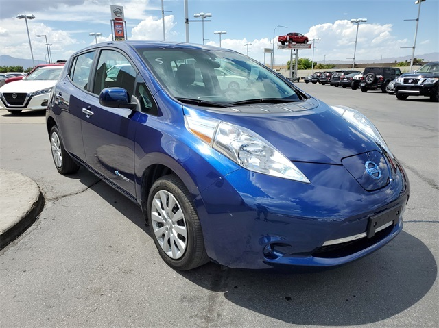 Pre-Owned 2017 Nissan Leaf S